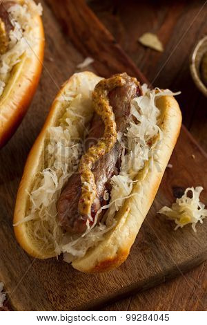 Beer Bratwurst With Sauerkraut