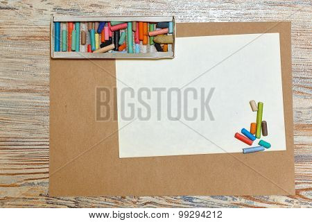 Set Pastel Pencils In Carton.