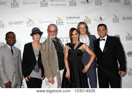 LOS ANGELES - SEP 26:  Delious Kennedy, Diane Warren, Robert Englund, Mena Suvari, Lucas Till, Ron Truppa at the Catalina Film Festival Gala at the Avalon Theater on September 26, 2015 in Avalon, CA