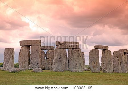 Sundiwn At Stonehenge Historic Site. Stonehenge Is A Unesco World Heritage Site In England With Orig