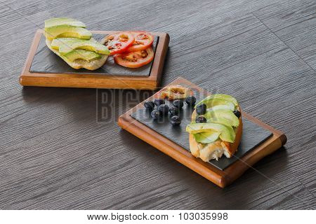 Avocado sandwhich