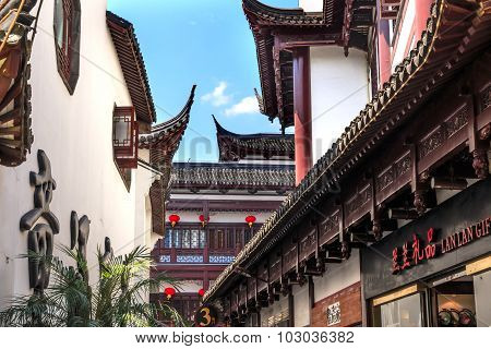 Old Shanghai Houses Red Roofs Yuyuan China