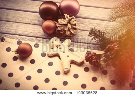Gingerbread Man With Chrsitmas Toys