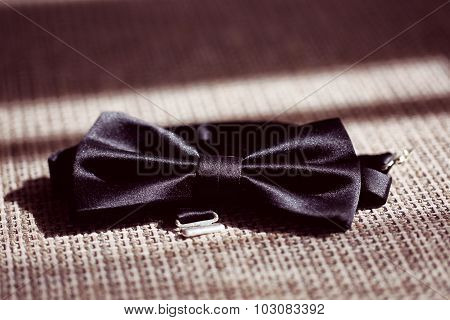 Elegant Bow Tie For The Groom