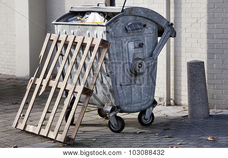 Wheeled Trash Container
