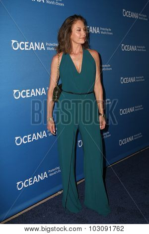 LOS ANGELES - SEP 28:  Diane Lane at the
