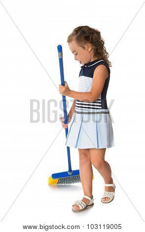 girl tidying