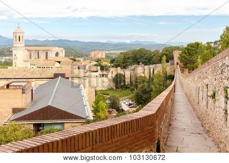 Girona. The fortress wall.