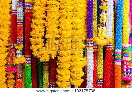 Colorful Plastic Garlands For Worship