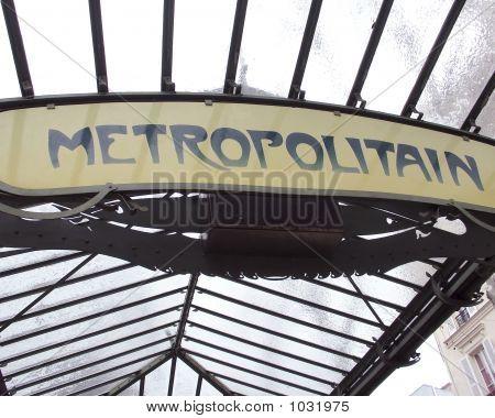 Metro Sign Paris