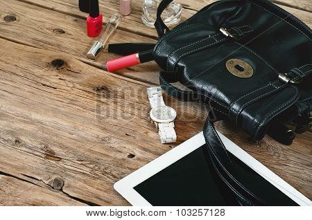 Womens Leather Bag With Tablet Computer