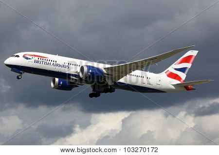British Airways Airplane Boeing 787-8 Dreamliner London Heathrow Airport