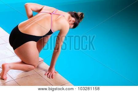 Girl Swimmer Preparing To  Jumping And Diving