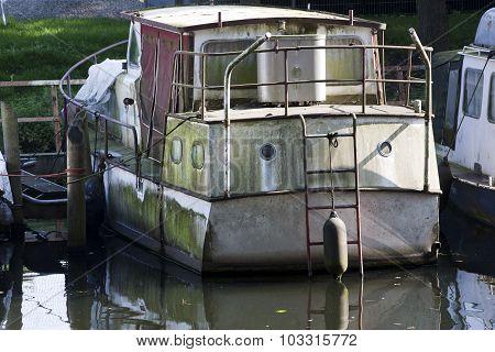 Scummy  Boat