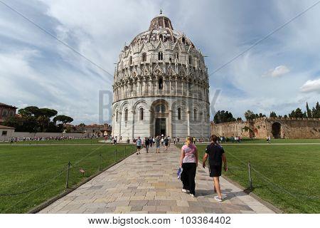 Pisa Baptistery of Campo dei Miracoli