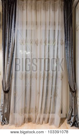 Luxurious Curtains At Home
