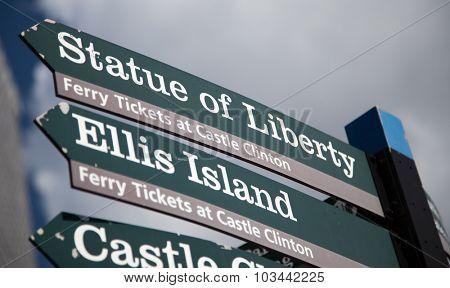 NEW YORK CITY, USA - CIRCA SEPTEMBER 2014: Statue of Liberty signpost in New York City