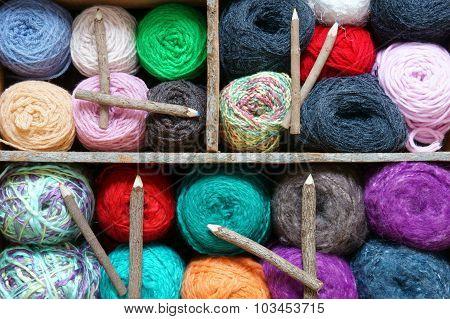 Handmade Clock, Wool, Time, Clockwise