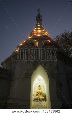 Asia Myanmar Bagan Temple Pagoda Buddha Figure