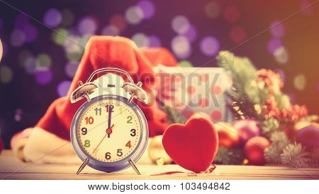 Alalrm Clock And Heart Shape Toy