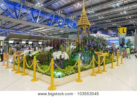 Indoor Garden Display With Gilded Stanchions In The Main Concourse Of Suvarnabhumi Airport's Passeng