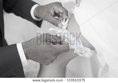 Wedding tradition wearing a Garter