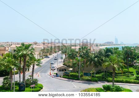 Luxury Residential Neighborhood On The Palm Jumeirah, An Artificial Archipeligo In The United Arab E