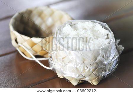 Wicker With Sticky Rice