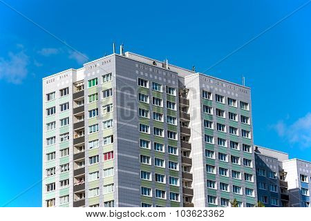 Precast apartment buildings