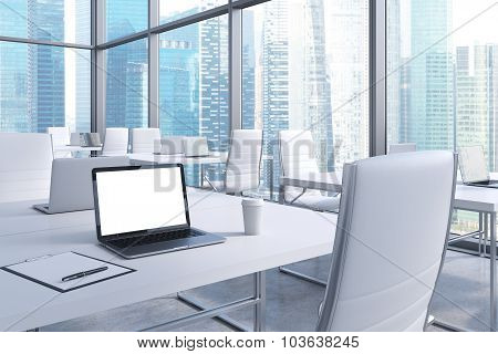 Workplaces In A Modern Corner Panoramic Office With Panoramic View Of Singapore. White Tables And Wh