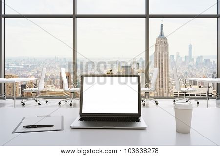 Front View Of The Workplace In A Modern Panoramic Office In New York. White Tables And White Chairs.