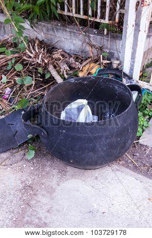 Bin Form Tire