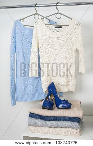 Womens Warm Knitted Things In The White Cupboard