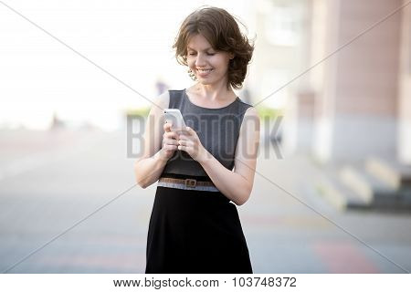 Young Business Woman Messaging