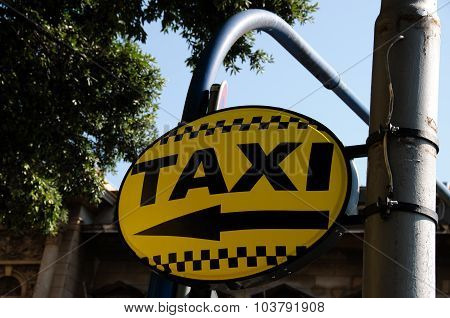 Taxi Direction Sign