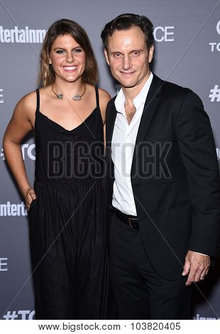 LOS ANGELES - SEP 26:  Tony Goldwyn arrives to the TGIT Premiere Red Carpet Event  on September 26, 2015 in Hollywood, CA.
