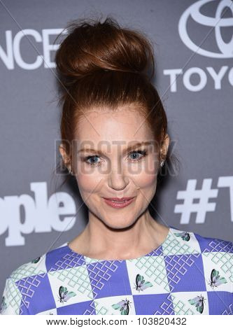 LOS ANGELES - SEP 26:  Darby Stanchfield arrives to the TGIT Premiere Red Carpet Event  on September 26, 2015 in Hollywood, CA.