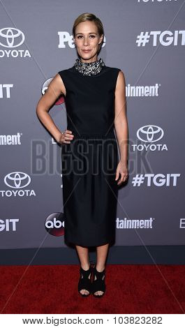 LOS ANGELES - SEP 26:  Liza Weil arrives to the TGIT Premiere Red Carpet Event  on September 26, 2015 in Hollywood, CA.