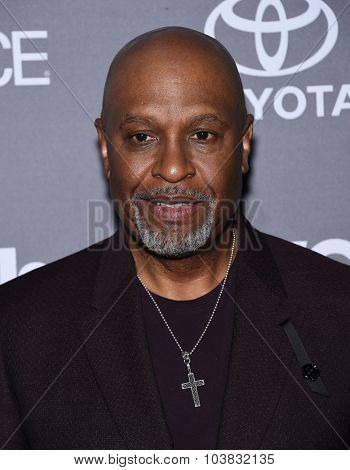 LOS ANGELES - SEP 26:  James Pickens Jr. arrives to the TGIT Premiere Red Carpet Event  on September 26, 2015 in Hollywood, CA.