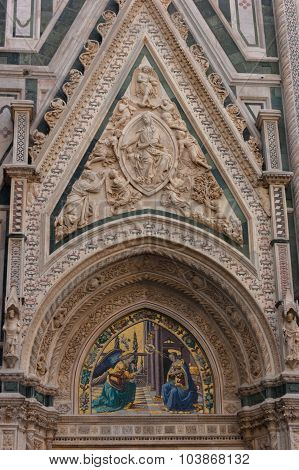 Florence Duomo, Giotto bell tower entrance fresque