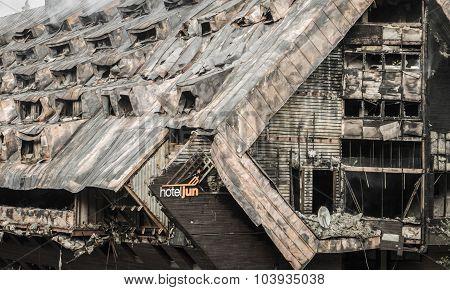 Burnt Hotel Junior, Slovakia