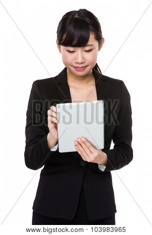 Young businesswoman use of the tablet pc