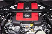 Постер, плакат: Nissan 370Z Nismo 3 7 liter Dohc V6 Engine