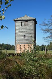 foto of reconstruction  - Reconstructed Limes watch tower at Vielbrunn  - JPG
