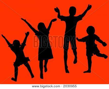 Silos de crianças pulando