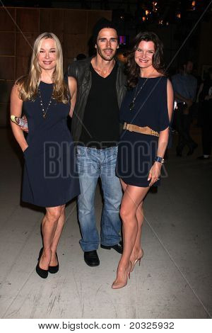 LOS ANGELES - el 17 de mayo: Jennifer Gareis, Brandon Beemer, Heather Tom en el Celebrat negrita & hermosa