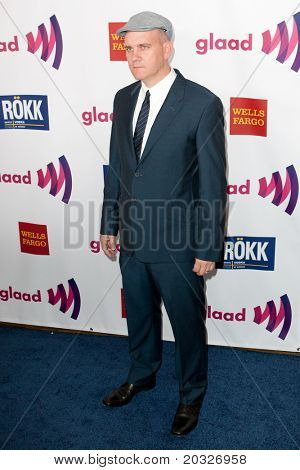 LOS ANGELES - APR 10: Mike O'Malley arrives at the 22nd annual GLAAD Media Awards at Westin Bonaventure Hotel on April 10, 2011 in Los Angeles, CA.