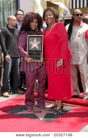 LOS ANGELES - MAY 19:  Chaka Kahn & Mother Sandra at the Chaka Kahn Hollywood Walk of Fame Star Ceremony at Hollywood Blvd on May 19, 2011 in Los Angeles, CA