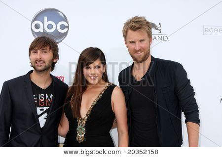 LAS VEGAS - MAY 22:  Lady Antebellum arriving at the 2011 Billboard Music Awards at MGM Grand Garden Arena on May 22, 2010 in Las Vegas, NV.
