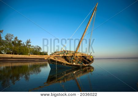 Dhow On It'S Side